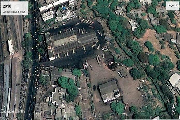 वर्ष 2010ः वडोदरा बस स्टेशन, गुजरात