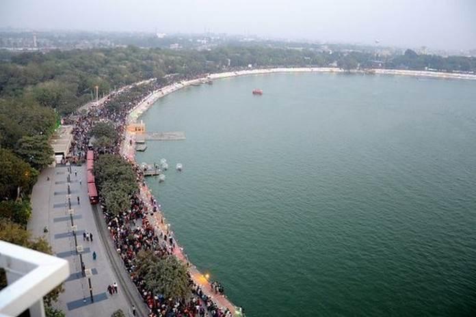 विकसित होने के बादः कानकारिया झील, अहमदाबाद, गुजरात