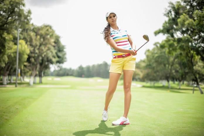 देती हैं गोल्फ खेलने के टिप्स