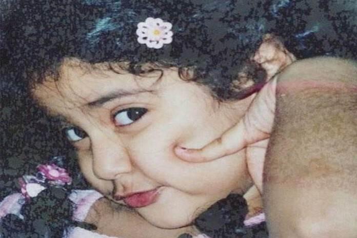 श्रीदेवी ने शेयर की थी जाह्नवी के बचपन की ये तस्वीर